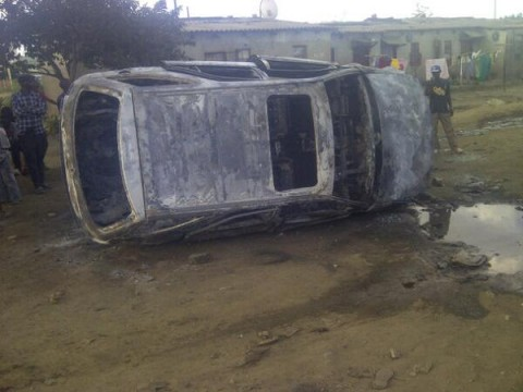 Rodgers Mumba @mumslee2 This is the Remains of Toyota Harrier belonging to Big Ben of #comesa burnt in #chibolya #Zambia .