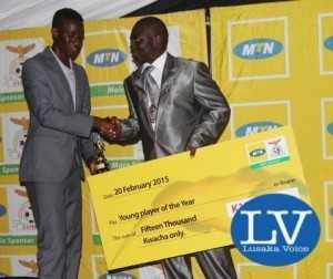 Young player- Larry Bwalya and Kitwe mayor Kelvin Sinyangwe    - Image Credit - Jean Mandela-1