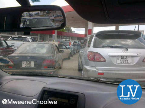 Motorists experience long cues waiting for fuel