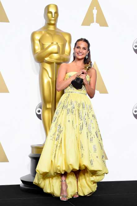 HOLLYWOOD, CA - FEBRUARY 28: Actress Alicia Vikander, winner of the award for Best Actress in a Supporting Role for 'The Danish Girl,' poses in the press room during the 88th Annual Academy Awards at Loews Hollywood Hotel on February 28, 2016 in Hollywood, California. (Photo by Steve